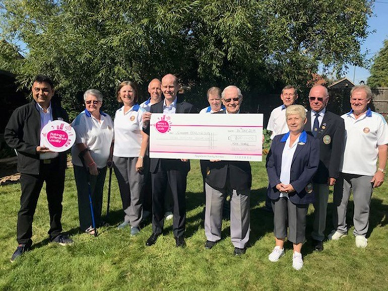 Nisa Local Makes a Difference for Tongham Bowling Club