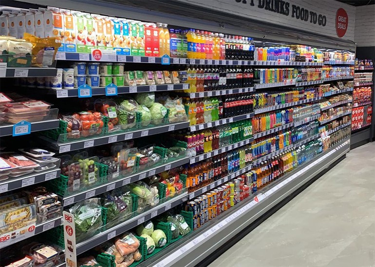 New store opens following Renfrew refurbishment stocked chillers with soft drinks
